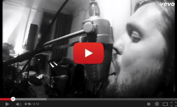 videoclip-bandofskulls-asleepatthewheel